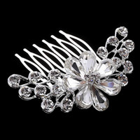 accessories deals - Best Deal Diomedes hair White crystal bride headdress Wedding dress accessories bridal hair jewelry hair comb price DHF803