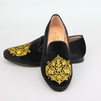 Wholesale Harpelunde Handmade Embroidery Black Velvet Dress Shoes For Events Leather Lining Rubber Sole US Size