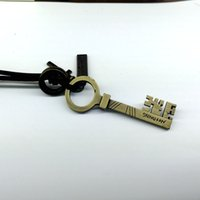 alloy insurance - In the latest insurance key alloy pendant necklace length is adjustable leather factory price fashion collocation