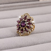 Wholesale Mosaic Crystal Flower Shape Ring Color Optional for Women Made of Alloy for Women Fashion