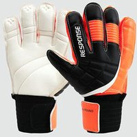 Wholesale Fashion skidproof goalie gloves Quality latex Size soccer goalkeeper Football player goaltender hand finger All round protection