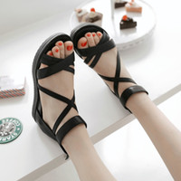 Wholesale Ladies Summer Fashion Sandals Casual style elegant student Sandals Beach Sandals Silve Black Color for choose