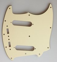 Wholesale For US Mustang Classic Series Style Guitar Pickguard Ply Vintage Yellow CL077