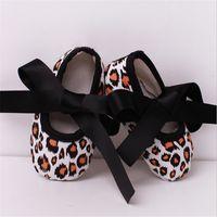ballerina set - Newborn photo props girls Crochet baby shoes set Baby shoes winter Toddler Ballerina Slippers T0099