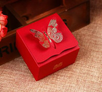 Wholesale 2016 Gilding carved red Wedding Favor Boxes butterfly Wedding Candy Box Casamento Wedding Favors And Gifts Event Party Supplies D134
