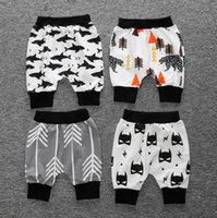 Wholesale 2016 new baby summer harem pants aged children cartoon cotton PP pants style boy shorts elastic band in stock S