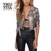 Precio de Leather jackets-El cortocircuito punky del estilo de la chaqueta del invierno de las mujeres de YIKUYIYA cubre el cuero del Faux Outwears para el envío al por mayor y libre