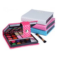 Wholesale 32 Colors Professional Eye Shadow Makeup Blusher Cosmetic Palette Colors Coastal Scents Make up Cream for a Gift