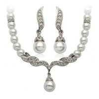 Wholesale Fashion Silver Gold Plated Tear Drop Cream Pearl and Rhinestone Crystal Bridal Necklace and earrings Jewelry Set