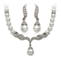 Wholesale Silver Gold Plated Tear Drop Cream Pearl and Rhinestone Crystal Bridal Necklace and earrings Jewelry Set