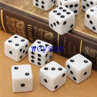 Wholesale Plastic White mm Gaming Dice Standard Six Sided Decider Dice For Birthday Parties Toy Bauble