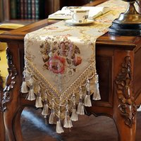 Wholesale Top Quality Luxury European Style Polyester Blend Floral Embroidered Table Runner for Formal Dinning Tables or Tea Table
