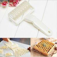 Wholesale baking tools amp cooking tools Pastry Pizza Pie Roller Cutter decorative Spatulas Tool cm cm ej871018