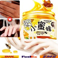 Wholesale Hand Film Girls Women Lady Whitening Healthy Hands Cream Lift firming Skin Hand Creams Honey Paraffin Wax Exfoliating Foot Mask WX B72