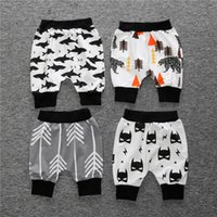 baby capri pants - New arrival quality INS baby autumn shorts Capri pants whale shark arrows Kids Toddler print Harem shorts pp pant Children clothes