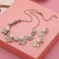 Wholesale 2016 Elegant Women Pearl Necklace Earrings Jewelry Set New Fashion Jewelry Bridal Wedding Dress Jewelry Pendant