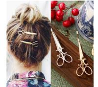 al por mayor muchacha americana botones-2016 Nueva Japón de moda tijeras forma el oro del Pin de pelo y la plata dos pinzas de pelo Barrettes para las mujeres de la American National Standard de las mujeres