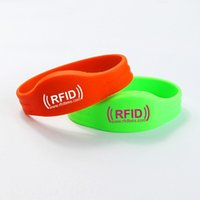 Wholesale Custom Waterproof Silicone Smart Wristband rfid wristband for events rfid bracelet MHZ with ULTRALIGHT Chip