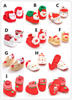 Wholesale Multi style Baby Christmas Shoes Cute Xmas baby slippers indoor shoes Santa Reindeer plush warm shoes Xmas costume props for baby boys girls