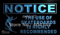 Avis dirigés Avis-LN725-TM Avis Utilisation de Skateboards Recommandé Neon Sign. La publicité. panneau conduit, livraison gratuite, en gros