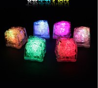 Wholesale LED Ice Cube Fast Flash Slow Flash Color Auto Changing Crystal Cube For Valentine Day Party Wedding Christmas decoration
