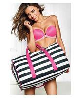 Wholesale Hot sell fashion new women sport bag gym fashion vs travel duffel bag canvas weekend bag women luggage travel bags