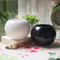 Wholesale Ceramic pots small black and white colors for selection mini creative small pots pots