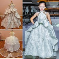 Wholesale Fashion Peplum Kids Pageant Gowns Applique High Neck Wedding Girls Flower Dresses Cheap Tiered Ball Gown Backless Communion Dresses