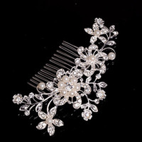 Wholesale Alloy Hair Combs With Imitation Pearl Flower Party Wedding Hair Accessories Rhinestone Wedding Bridal Headband Party Headpiece