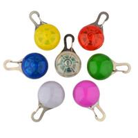 Wholesale Novelty Dog Cat Necklace Lamp LED Safety Silicone Animal Dog Cat Night Light Flashing Colour Buckle Collar Pet Luminous
