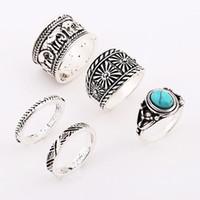 al por mayor conjuntos de anillo gótico-Anillo de plata retro 5pcs / set para las mujeres Joyería de plata antigua vendedora caliente de la joyería del anillo de la conjunción de la turquesa del elefante gótico Nueva venta al por mayor de la manera NICE
