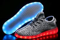 al por mayor botas de navidad-NAVIDAD LED botas zapatos de los zapatos de herrero para WomenMen Luz Zapatos ocasionales con cargador USB LED de 7 colores LED Lumineux cesta Femme Formadores Casua