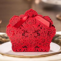 Wholesale 100Pcs Pack Laser Cut Wedding Favor Boxes Wedding Candy Box Casamento Wedding Favors And Gifts Color Red Size x90x40mm