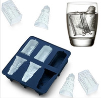 Wholesale Doctor Who Tardis and Daleks Silicone Ice Cube Tray Dr Who ice cube mold ice bucket drinkware Cocktails Silicone Ice Cube Tray kitchen tool