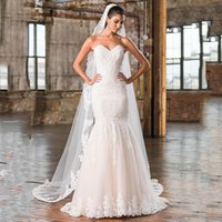 Wholesale 2016 Plus Size Mermaid Wedding Dress Sweetheart Neckline Chapel Train Dropped Waistline Lace Appliques Tulle Skirts with Cathedral Veil