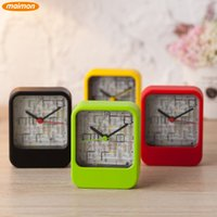 Wholesale 10pcs Novelty Playable Maze Game Plastic Needle Running Alarm Clock Home Office Desktop Alarm Clocks Retail