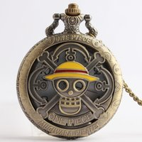 Wholesale Epoxy fashion personality skull pirate fashion table quartz watch men and women watch vine watch