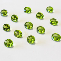 Wholesale Natural Peridot Green Crystal Loose Gemstone for Ring Pendant Necklace Earrings Bracelet Women and men wedding engagement gift