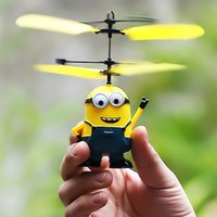Wholesale 2016 Hot Despicable Me Images Flying Machine With Propeller Plastic Toys