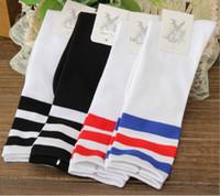 Wholesale Cylinder Body - Striped cotton stockings Japanese Harajuku football cylinder sports men skateboarding knee stockings socks wholesale Free shipping