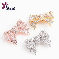 Wholesale Brooches Jewelry Alloy Bowknot Brooches Pins Heart Brooch with Rhinestone for Wedding Women Mix Colors