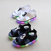 Wholesale Fashion Children Led Sandals Kids Shoes Summer Baby Boys Girls Korean Style Y3 Luminous Shoes Child Beach Sandals Colors pairs