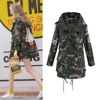 Wholesale Camouflage Jacket Women New Fall Winter Vintage Army Green Patch Design Hooded Casual Loose Long Sleeve Coat Z247