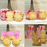 Wholesale Cartoon Baking Mould Biscuit Mould Cookie Cutter D Three Dimensional Cartoon Biscuits Mold DIY Tools for Baking Claying Plunger