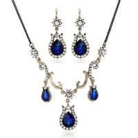 Wholesale Vintage Costume Blue Jewelry Sets Gold Chain Triple Drops Scroll Work Crystal Deco Floral Sapphire Necklace and Earrings Set