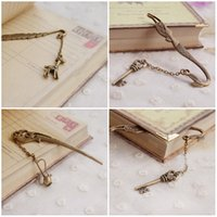 Wholesale Hot Selling Vintage Bronze Bookmark Key And The Mermaid Feathers And Deer Flagon Three Style Creative Metal Bookmarks E660L