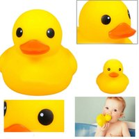 big rubber duck - Baby rattle Soft toys Cute Baby Bath Bathing toys Rubber Race Squeaky Duck Big Yellow Duck Classic Toys Baby gift talking toys