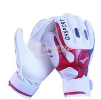 Wholesale Brand New professional football goalkeeper gloves thick latex gloves keeper finger protection glove soccer goalie gloves