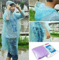 Wholesale One time Raincoat Fashion Hot Disposable PE Raincoats Poncho Rainwear Travel Rain Coat Rain Wear Travel Rain Coat DHL