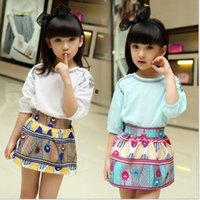 good shirts - 2016 New Summer Style Children Two Piece Sets Fashion Kids Comfortable Cotton Half Sleeve T Shirt Cute Skirt Charming Sets Good for Holiday